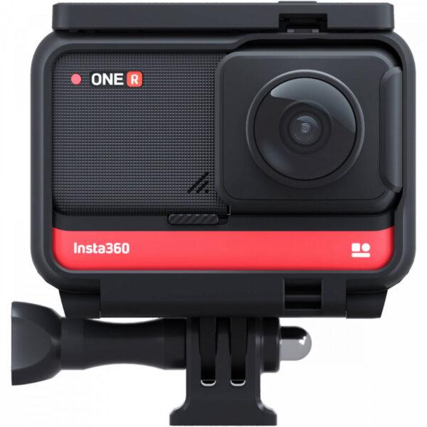Панорамная камера Insta360